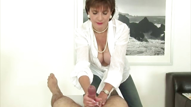 Porn Tube of Nasty Mature Brit Busty Lady Sonia