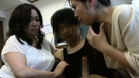 Older Japanese Girl Gets Naked And Tits Are Touched