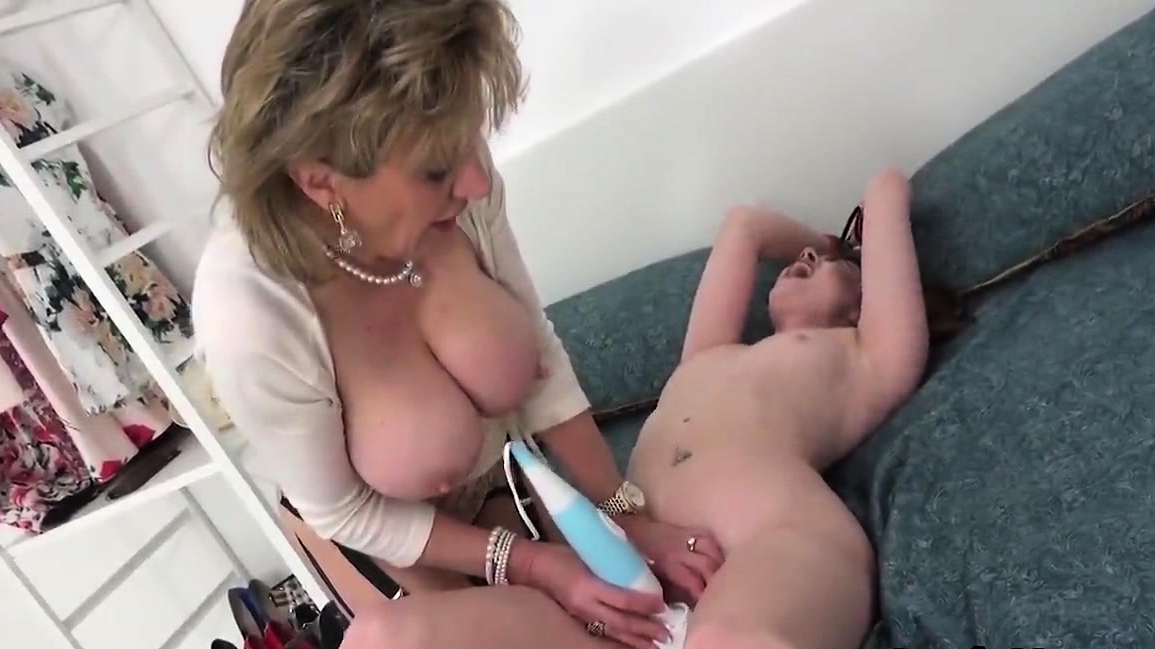 Unfaithful English Milf Lady Sonia Reveals Her Huge Ball