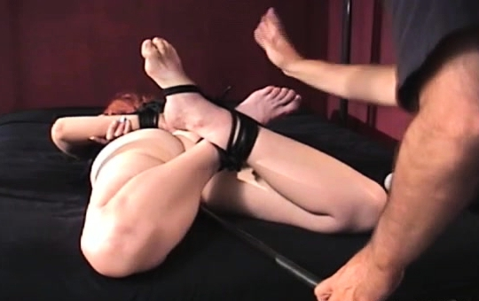 A Very Tied Woman Gets Her Pussy Completely Examined