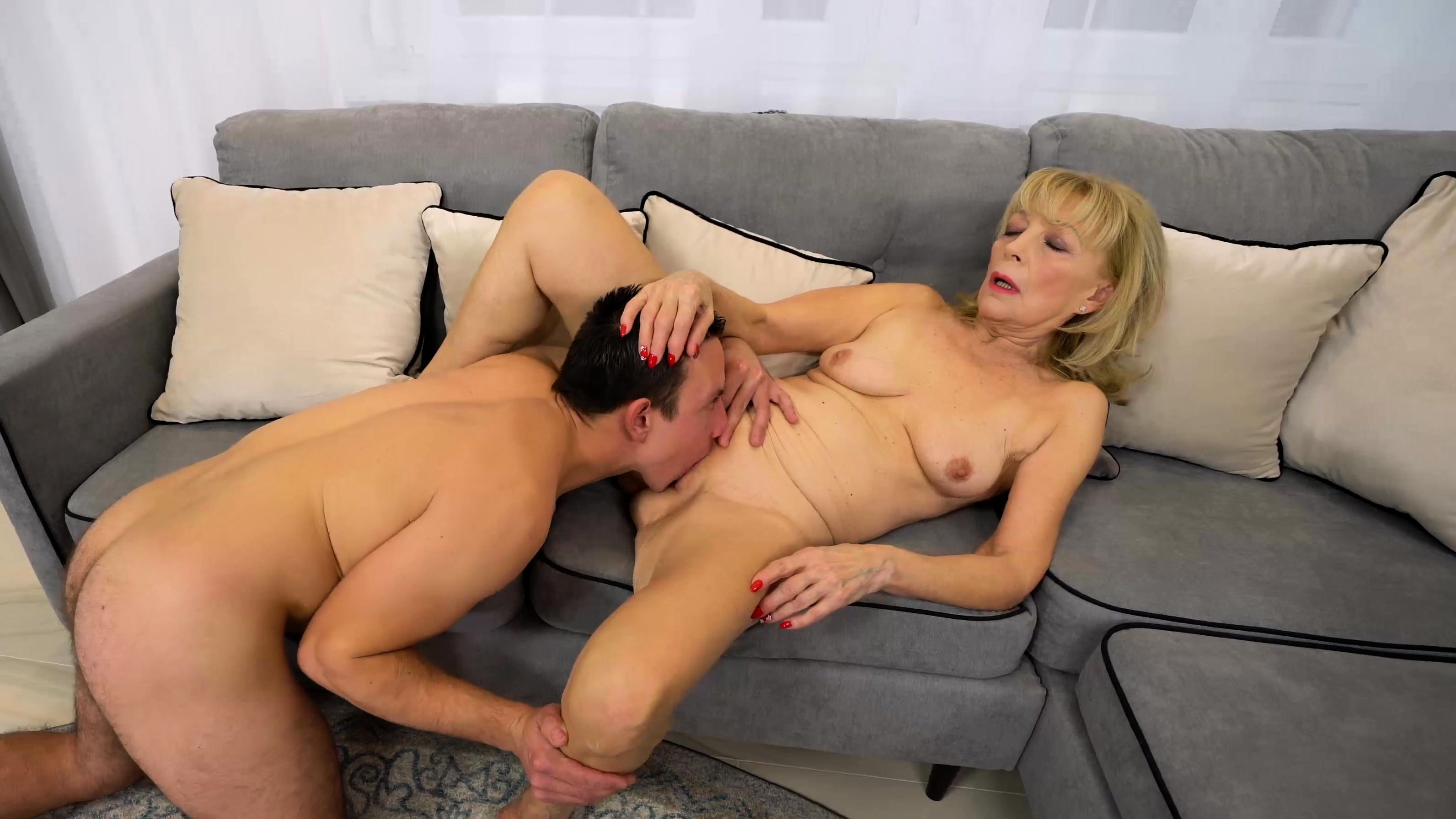Mature Blonde Agelove Fucked Hard By Young