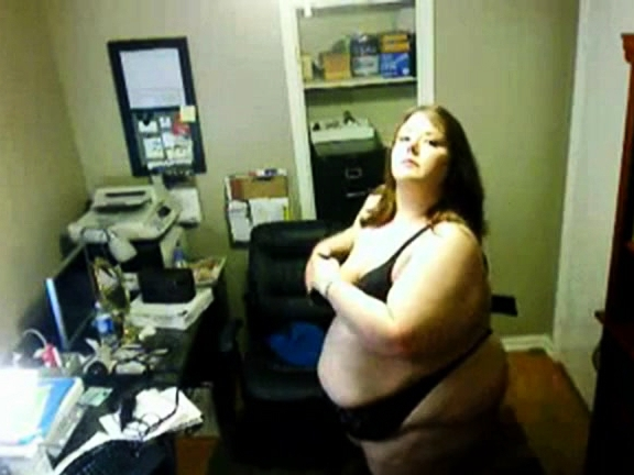 Only 78 (Ssbbw) Showing Her Body On The Webcam