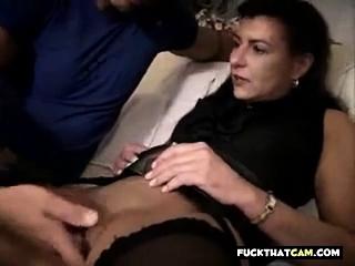Порно износилование мамки сыном смотреть порно