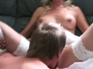 Порно молоденькие волосатые пышки