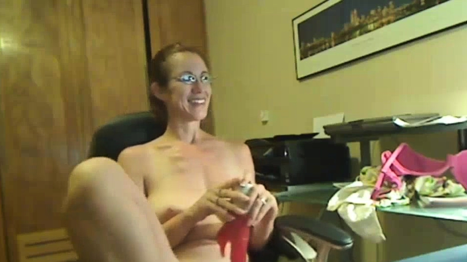 Milfs First Time On Camera - Find It On Cumcam, Com