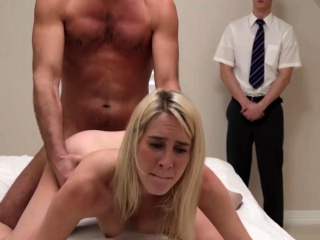 Секс с волосатой молодой соседкой