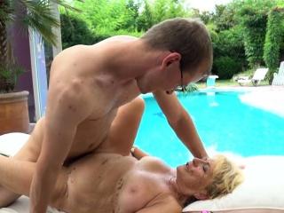 Секс пожилых с волосатыми кисками