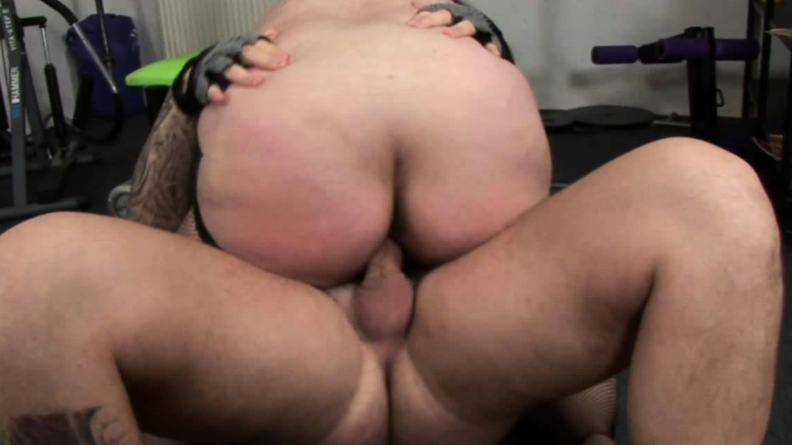 Bbw Makes Horny Trainer Horny And Rides