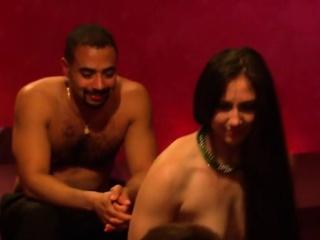 Групповое порно грудастых трансов смотреть порно