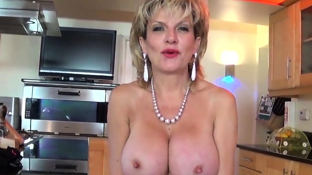 British Adulteress Mature Lady Sonia Takes Out Her Massive Na