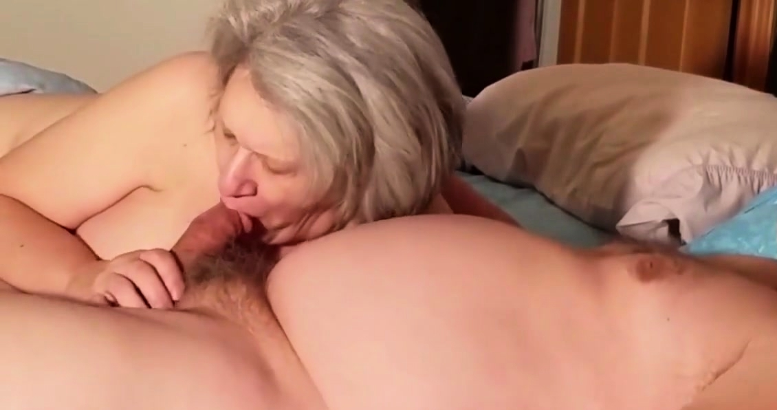 Older Lady Sucking A Cock Like A Professional