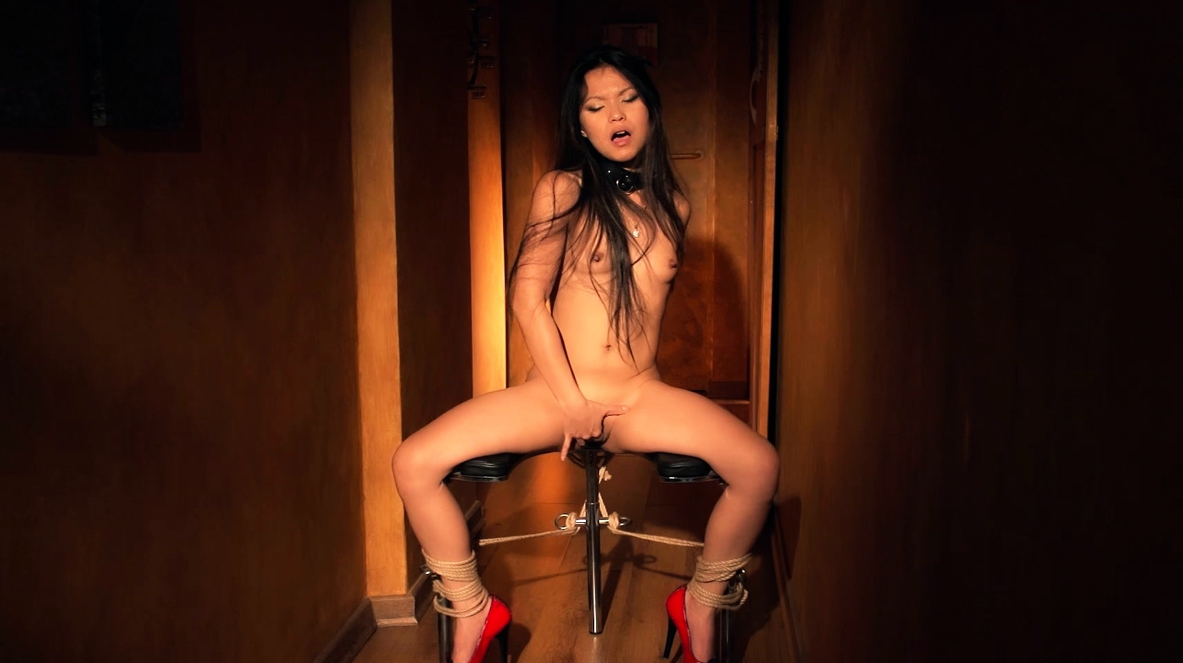 Fetiche Bdsm Asian Gspot Squirt