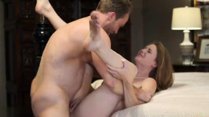 Hot Pornstar Lick And Creampie