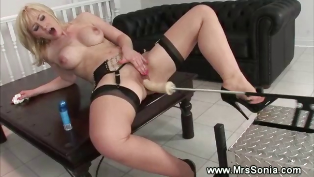 Porno Video of Milf Gets Pussy Pumped By A Machine