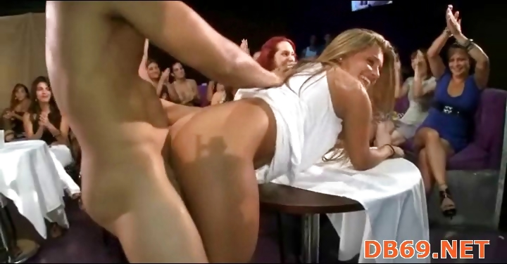 Porno Video of Group Wild Sex Patty At Office