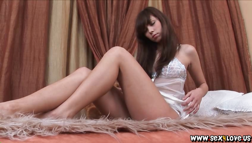 Porno Video of Sweet Dream With Blue Eyed Beauty