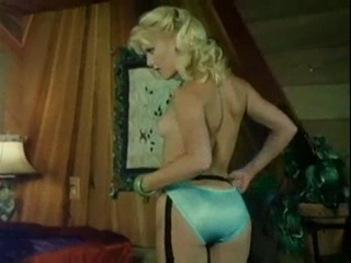 Porno Video of Danielle Martin - Classic Porn (amazing Blonde!)