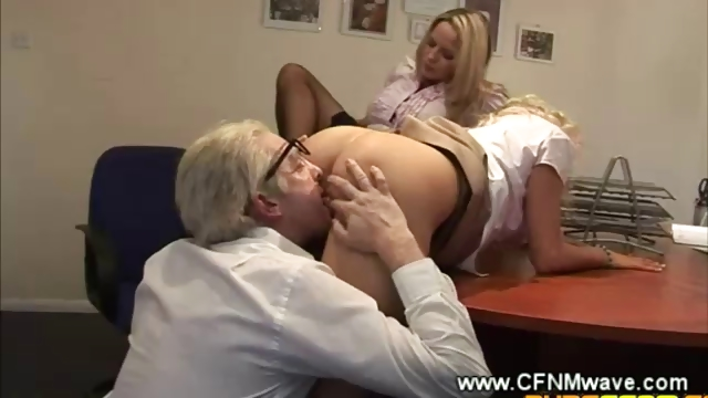 Porno Video of Secretaries Let Their Boss Eat Pussy