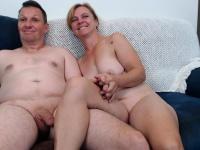 Amateur Blonde give suck handjob and ejaculate | Porn-Update.com