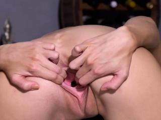 Порно извращение русских женщин