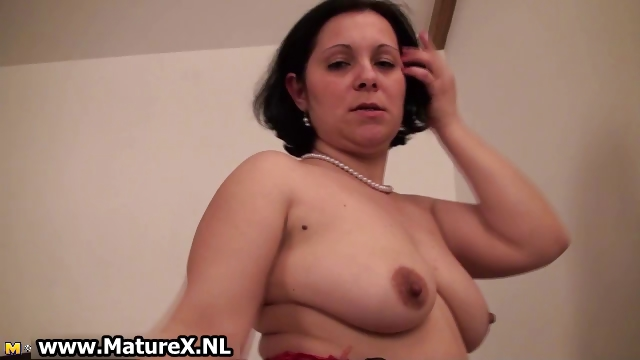Porno Video of Older Experienced Woman Is Stripping Part3