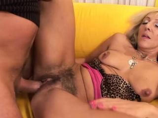 Порно волосатые негритянки мастурбация