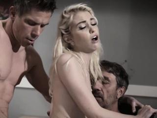 Порно фильмы мамки двойное проникновение