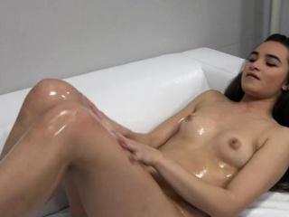 Смотреть видео онлайн бесплатно порно кончают внутрь