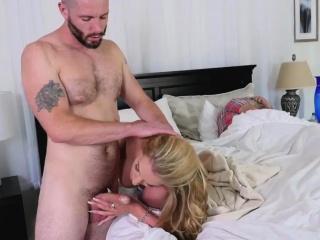 Порно со скрытой камеры массажиста смотреть порно