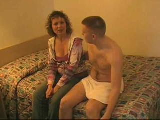 Porno Video of Mature Milf Fucks Army