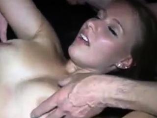 Настоящий домашний секс муж женой смотреть порно