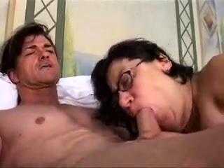 Короткие порно ролики волосатых женщин