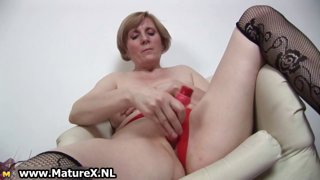 Porno Video of Horny Old Mom Is Penetrating Part6