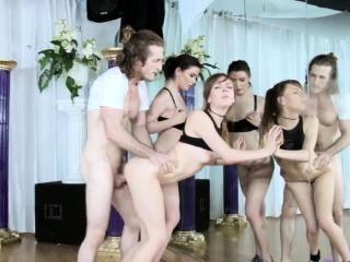 Жестокий анальный порно кастинг смотреть порно