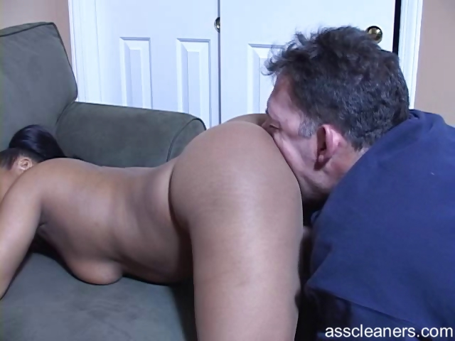 Sex Movie of Ebony Mistress Bends Over And Demands Man To Lick Her Big Ass