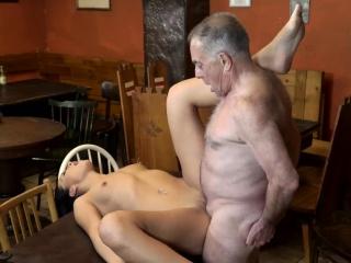 Волосатые толстые старухи порно фото
