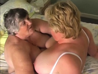 Порно лесби принуждение подруги