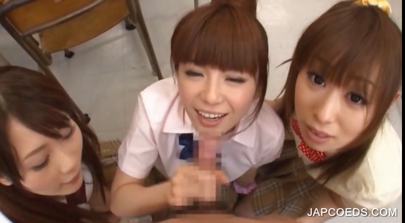 Porn Tube of Japanese Sudent Tasting Big Cock