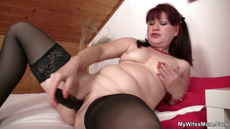 Porno Video of Wife Finds Her Mom And His Bf Together