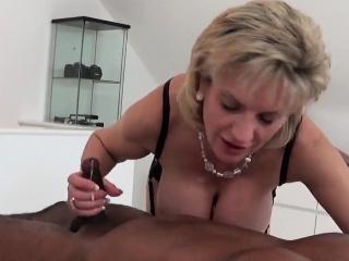 Порно подборка зрелые нейлон минет