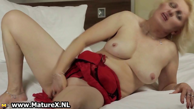 Porno Video of Mature Blond Housewife Stripping Part6