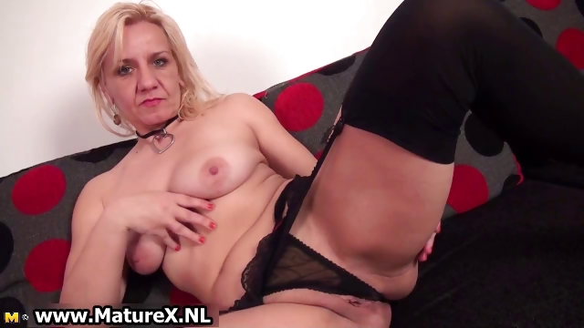 Sex Movie of Horny Blond Experienced Mom Is Touching Part4