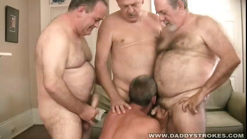 Porno Video of Circle Jerk Daddies