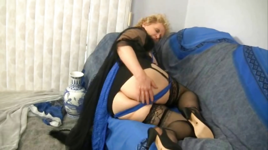 Sex Movie of Granny In Stockings