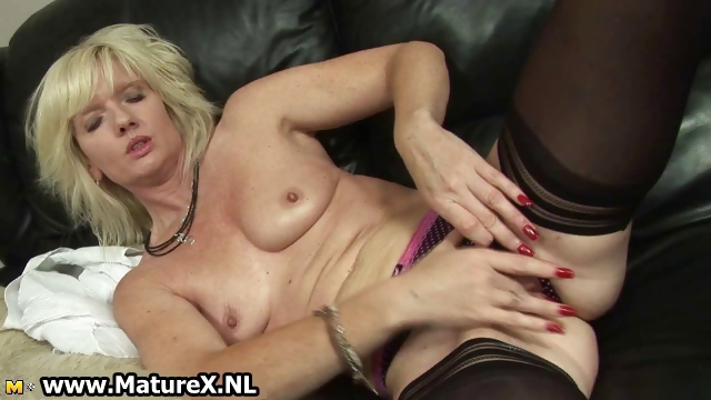 Porn Tube of Blonde Mature Housewife Loves Oiling Part5