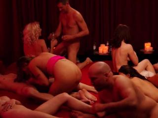 Порно видео свингеры с большими сиськами
