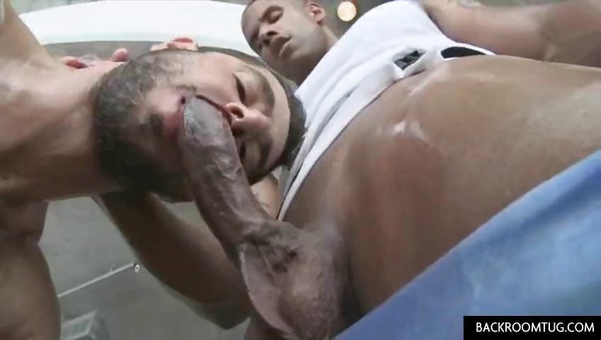 Porno Video of Italian Guy Gets Sexual Massage