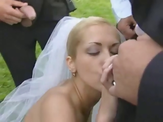 Porn Tube of Bride In Public Fuck After Wedding