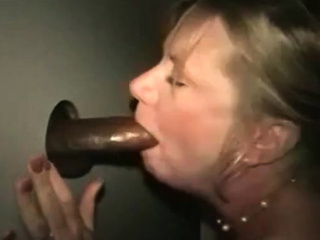 Порно на телефоне продал жену за деньги