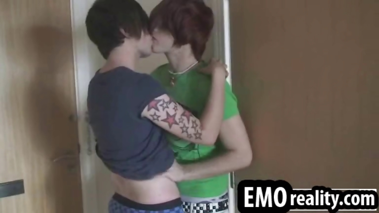 Sex Movie of Two Crazy Tattoed Emo Twinks In Their Room Alone